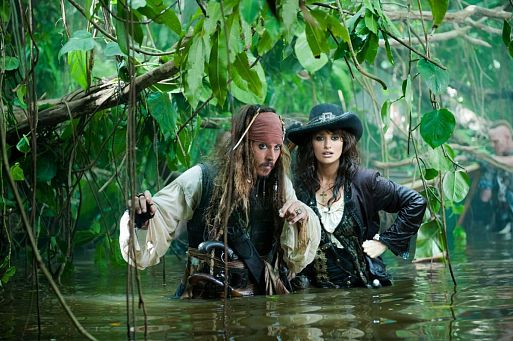 1. Пираты Карибского моря: На странных берегах / Pirates of the Caribbean: On Stranger Tides (2011)