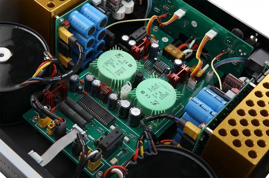 Стереофонический усилитель мощности Kinki Studio ЕХ-М7