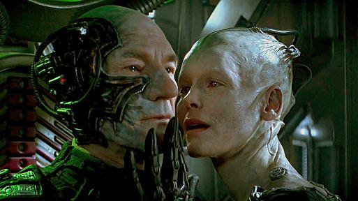 18. Звездный путь: Первый контакт / StarTrek: First Contact (1996)