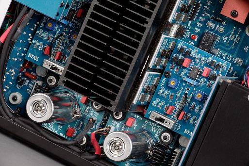 Гибридный усилитель для наушников Stax SRM-T8000