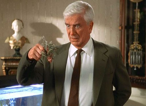 «Голый пистолет» / The Naked Gun: from the Files of Police Squad! (1988)