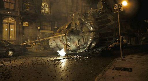 39. Монстро / Cloverfield (2008)