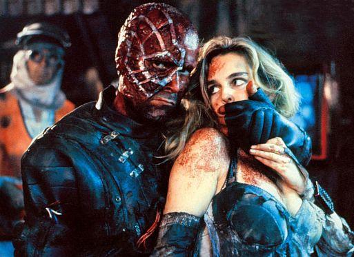 Операция «Мутанты» / Acción mutante (1993)