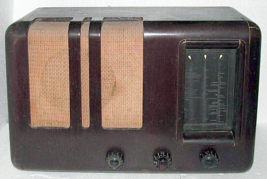 9 ламповых радиоприемников для 9-го мая