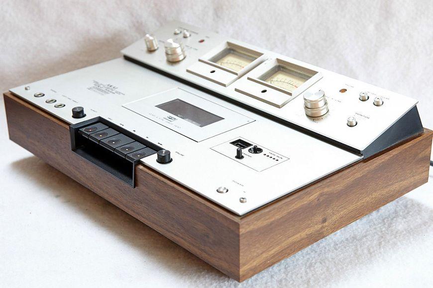 Кассетный магнитофон Akai GXC-325D